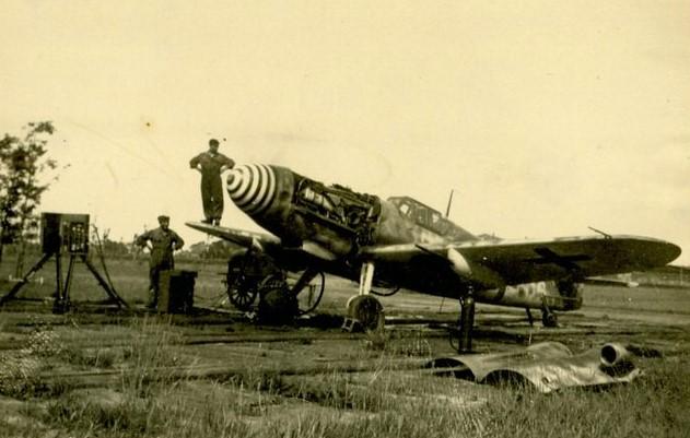 Messerschmitt op de Leeuwarder Fliegerhorst zomer 1943